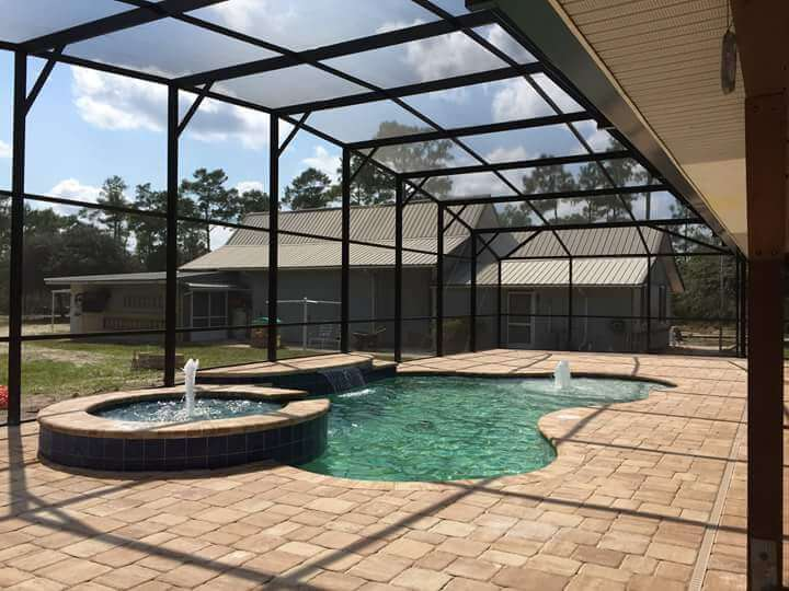 Quality Construction for your Pool or Patio Screen Enclosure Installation